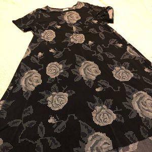 LulaRoe Black Carly XL